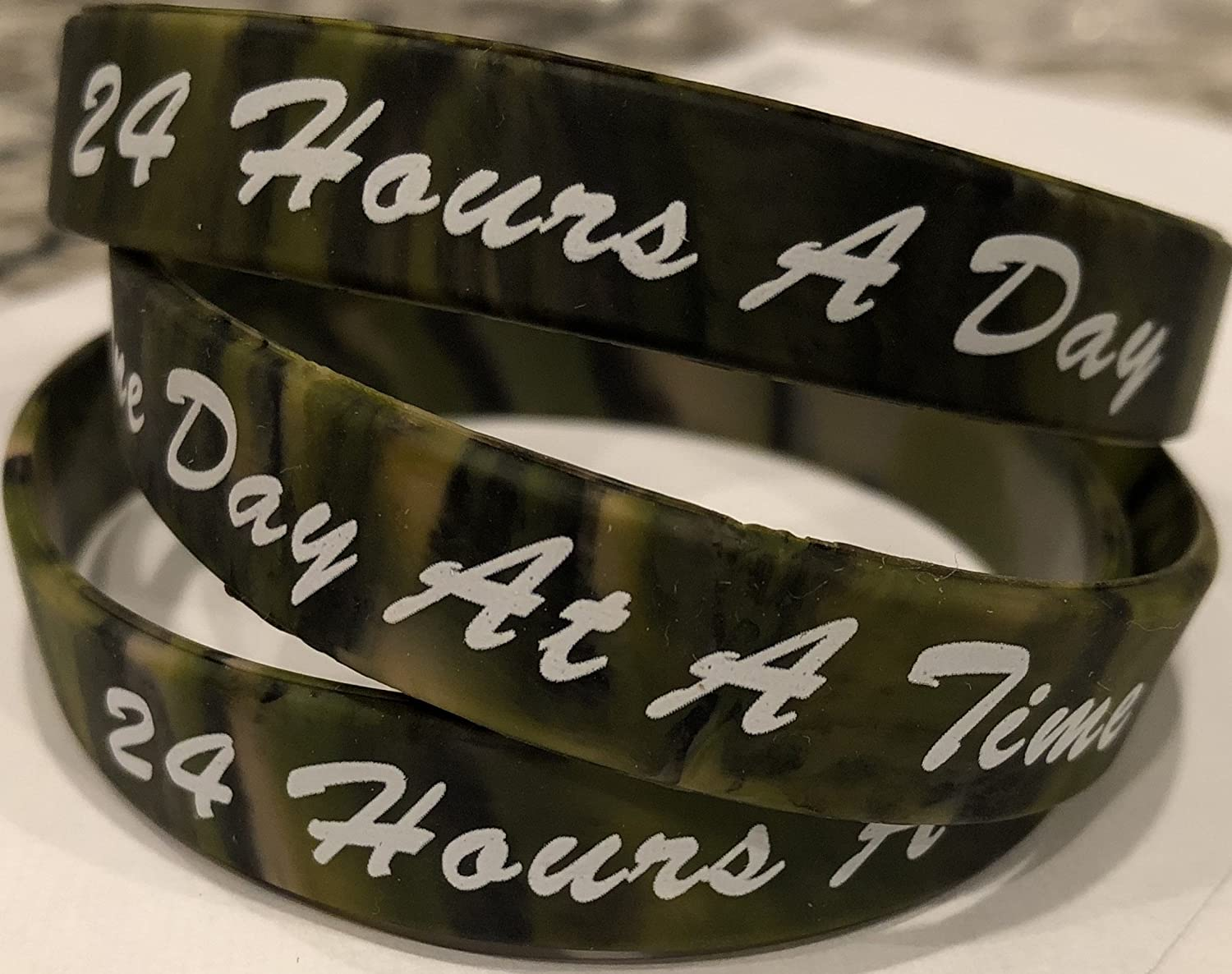 RecoveryChip Set of 3 Camo One Day At A Time//24 Hours A Day Silicone Wrist Bands 2.5 Wristband Bracelet AA NA
