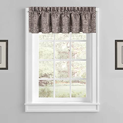 Five Queens Court Warwick Window Valance