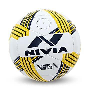 a9710fbfb Buy Nivia Vega Football (5) Online at Low Prices in India - Amazon.in