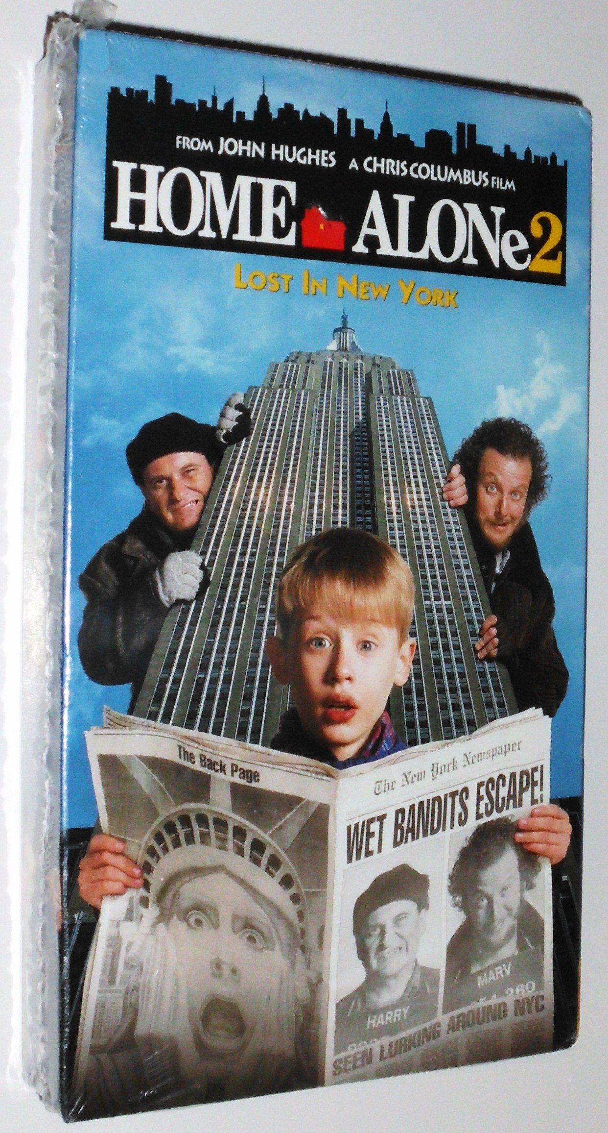 Home Alone 2 Lost In New York Vhs John Hughes 9780793919895 Amazon Com Books