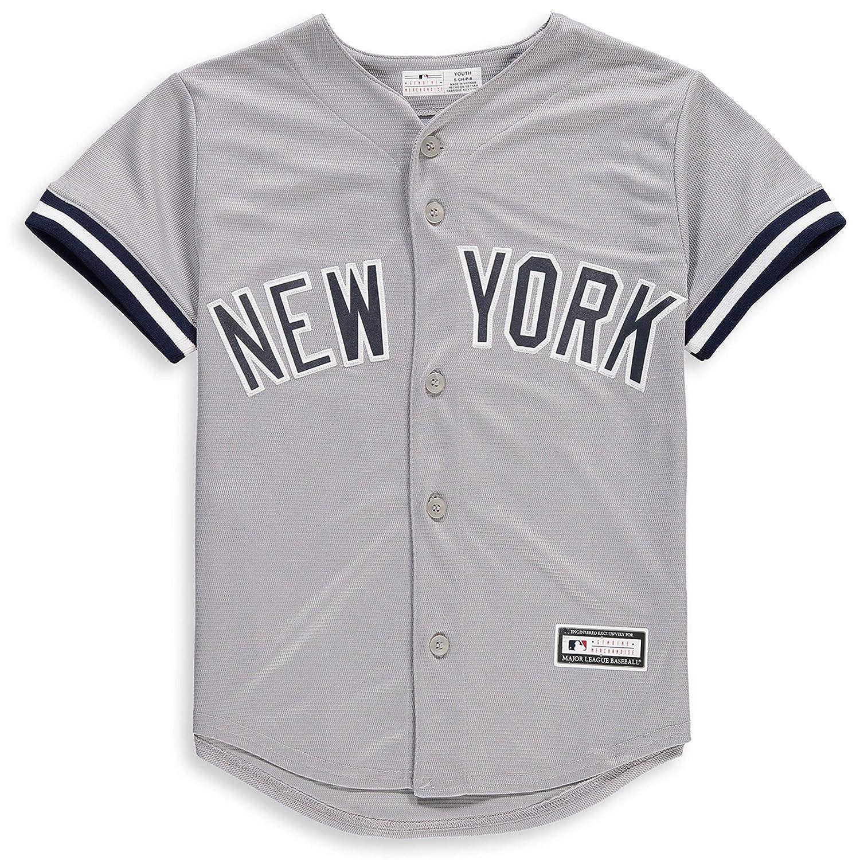 Amazon.com  New York Yankees Blank Gray Youth Cool Base Road Jersey   Clothing e0927ffa062