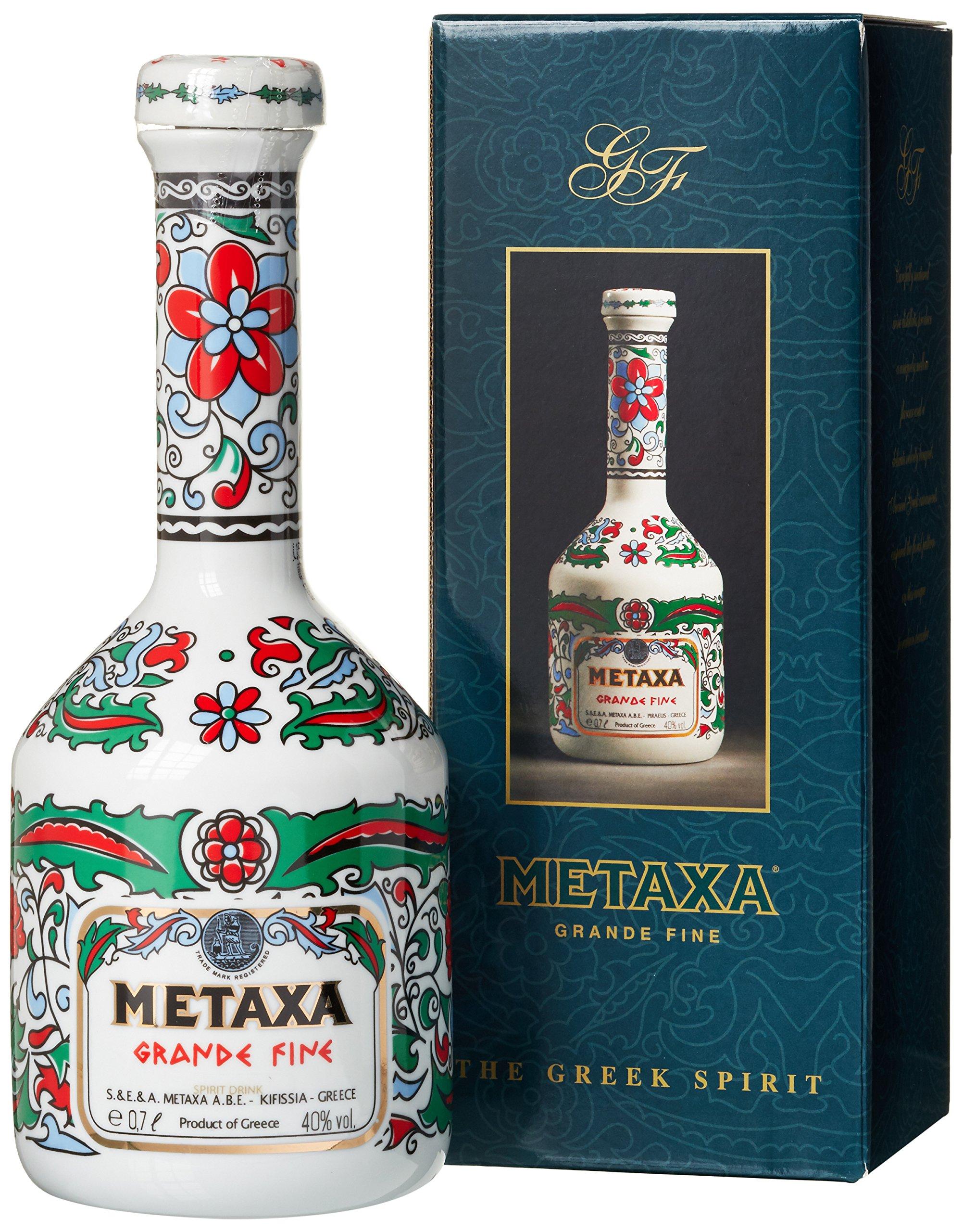 Metaxa Grande Fine Brandy Griechischer Weinbrand in weiss-bunter Karaffe (1 x 0.7 l) Bild