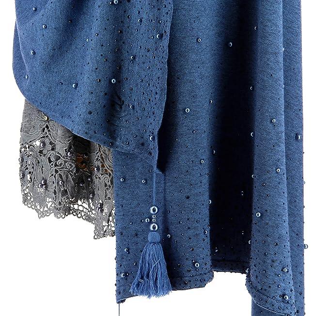 53e92ef80d3b Charleselie94® - Châle étole Hiver Pompons Perles bohème XXL Bleu Jean  SOLENE Bleu  Amazon.fr  Vêtements et accessoires