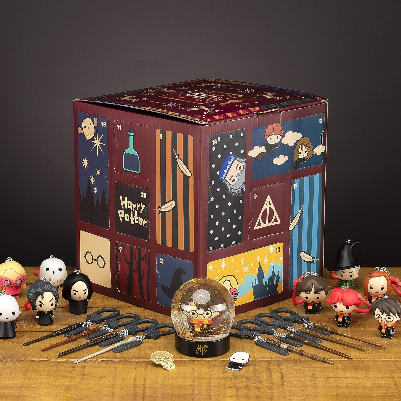 Paladone Cube Advent Calendar Countdown bis Weihnachten 24 Geschenken | inkl. Merchandise wie Zauberstäbe und kultige Figuren, Harry Potter Würfel...