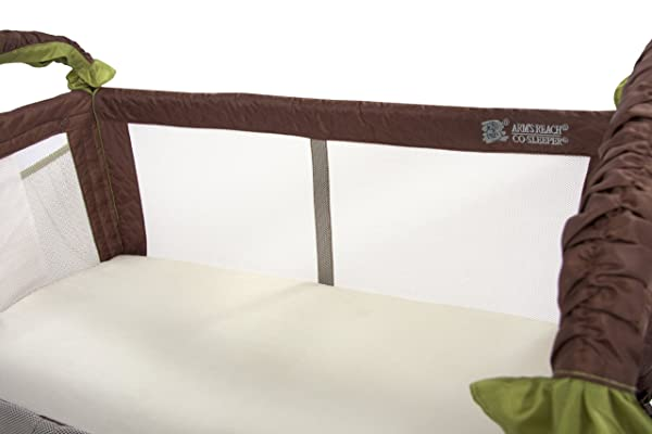 How to choose the best bassinet