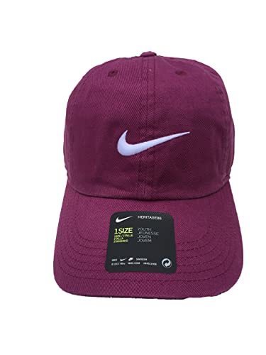 7a85a250a3865 Amazon.com  Nike Young Athletes New Swoosh Heritage Adjustable Hat  Shoes