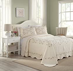 Modern Heirloom Collection Felisa Cotton Filled Bedspread