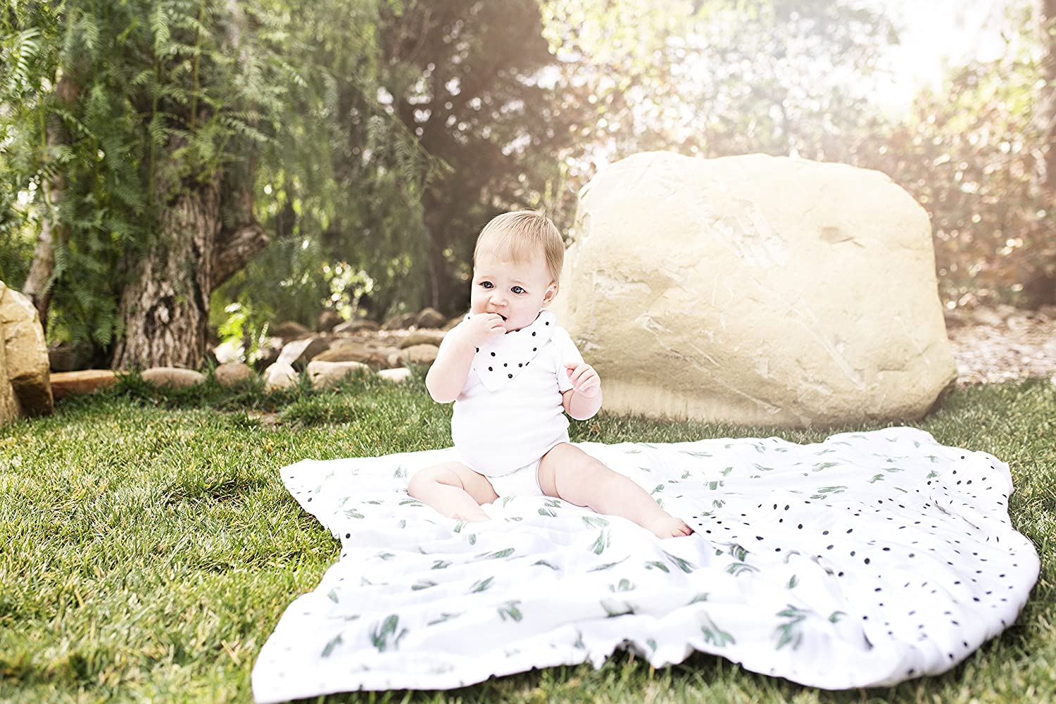 Bebe au Lait Oh So Soft Muslin Snuggle Blanket, Saguaro and Dottie