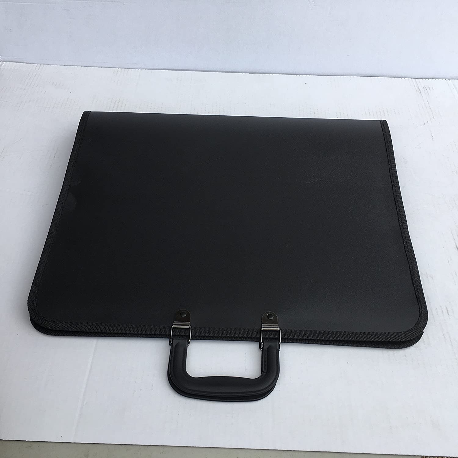 A2 Portfolio Folder/Case - MeMyArt A2 BLACK- Lightweight, flexible and strong! A3PP
