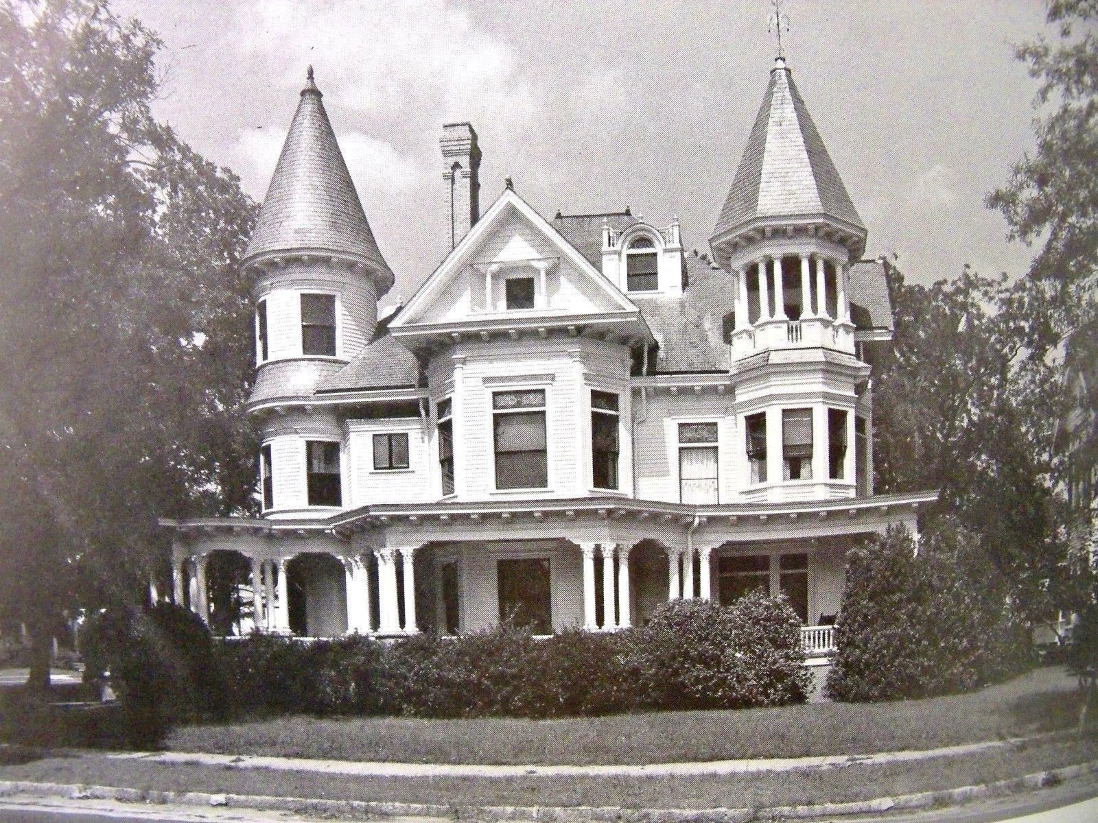 The historic architecture of New Bern and Craven County North