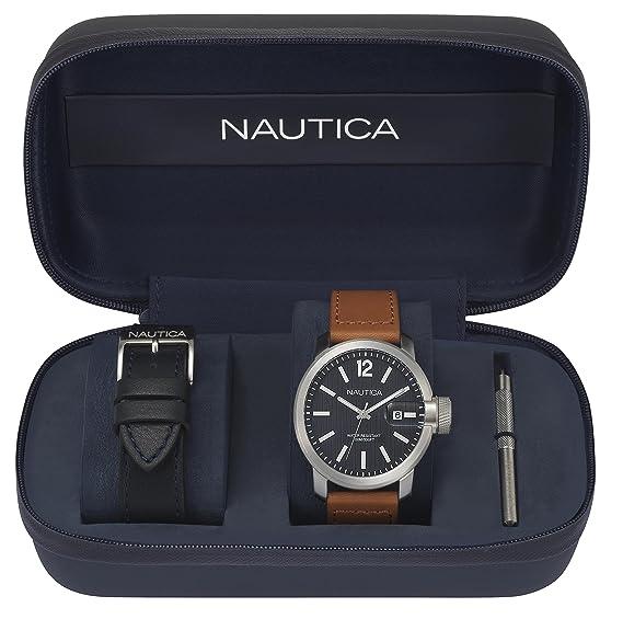 design senza tempo 1aa3e 2b76d Nautica Orologio Analogico Classico Quarzo Uomo con Cinturino in Pelle  NAPSYD012