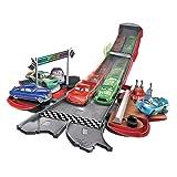 Mattel Disney Cars dvf38–Set da Gioco Trasformabile con Saetta McQueen
