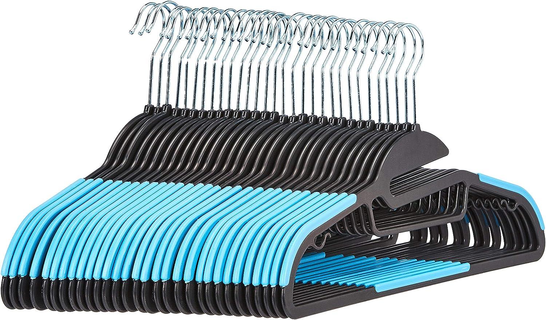 AmazonBasics - Perchas de plástico, resistentes, antideslizantes, con barra horizontal de goma, color azul, 30 unidades