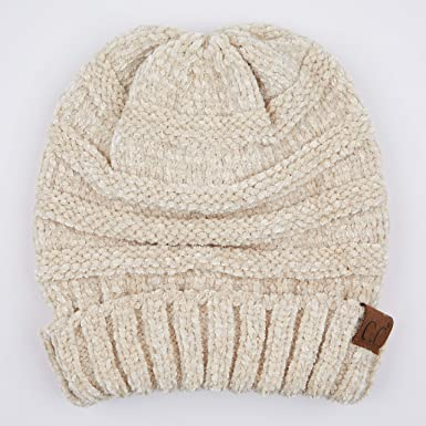 b7d60d713b9 Hatsandscarf C.C Exclusives Unisex Oversized Slouchy Beanie (Beige  Chenille) at Amazon Women's Clothing store: