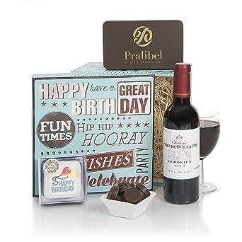 Cesta con caja de regalo de cumpleaños para él - Cestas de ...