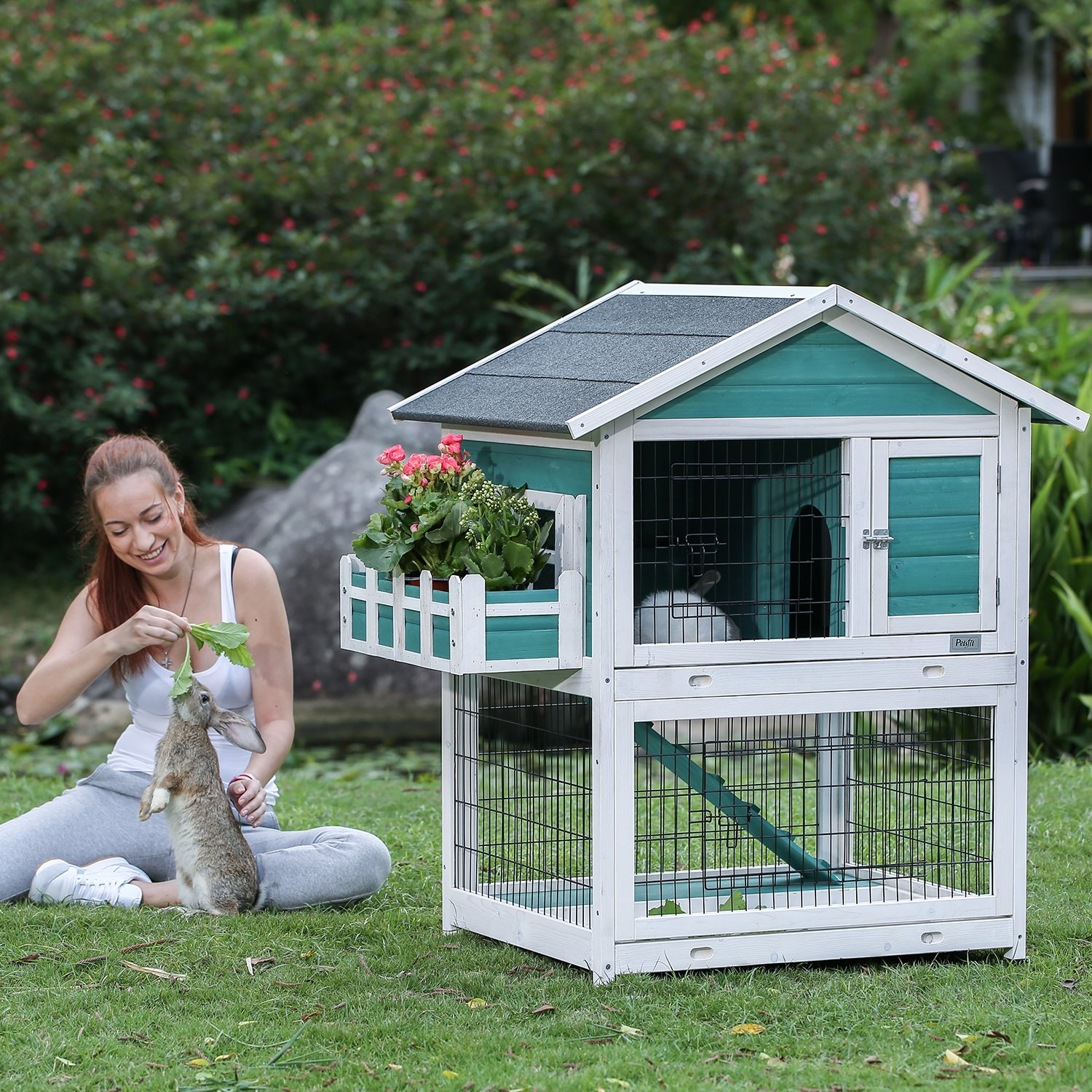 Petsfit 42.5 x 30 x 46 inches Bunny Cages,Outdoor Rabbit Hutch by Petsfit