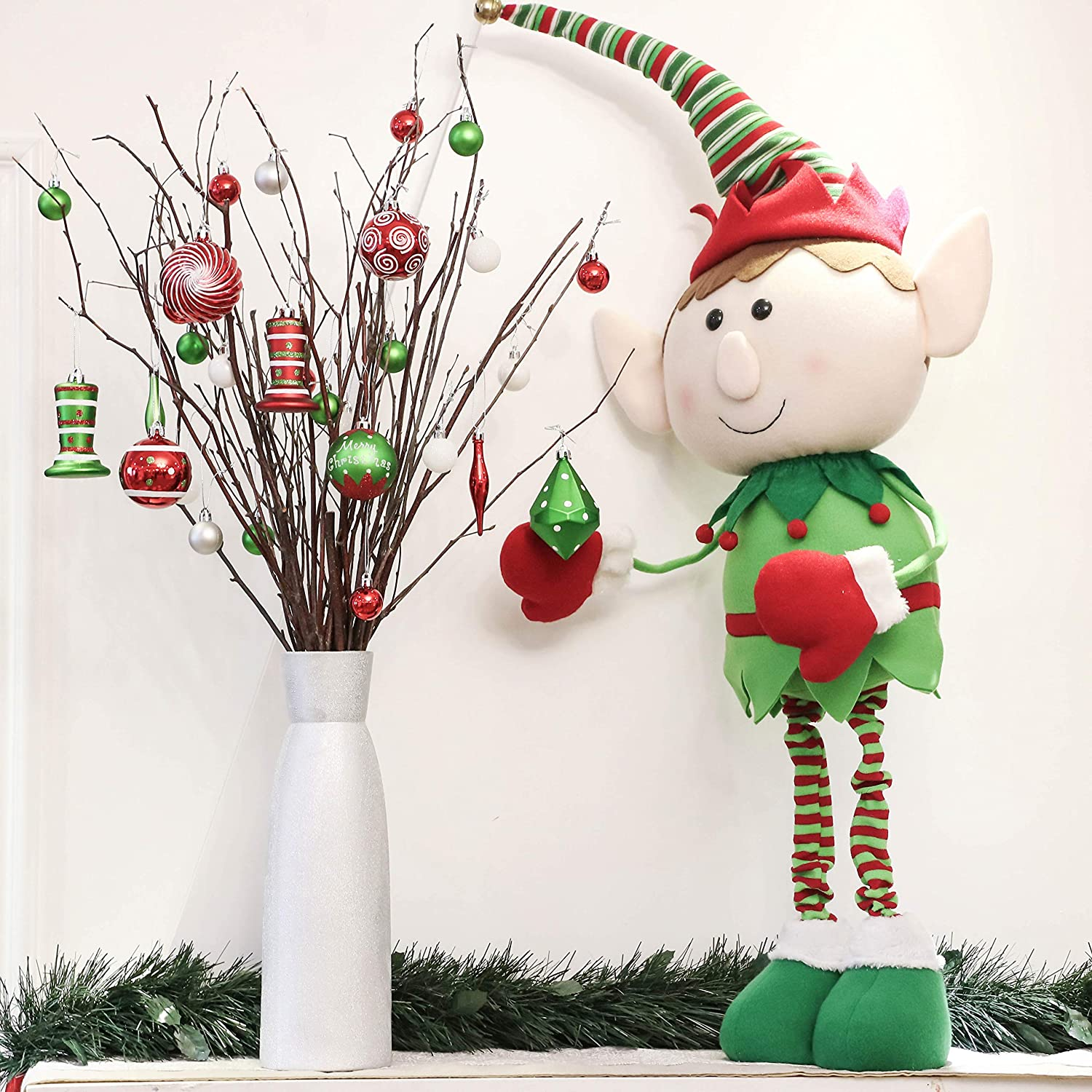 Red White and Green Plastic Shatterproof Christmas Balls Decoration Christmas Tree Pendants Gifts Delightful Victors Workshop 35pcs Christmas Baubles Ornaments Set 2Inch//5cm