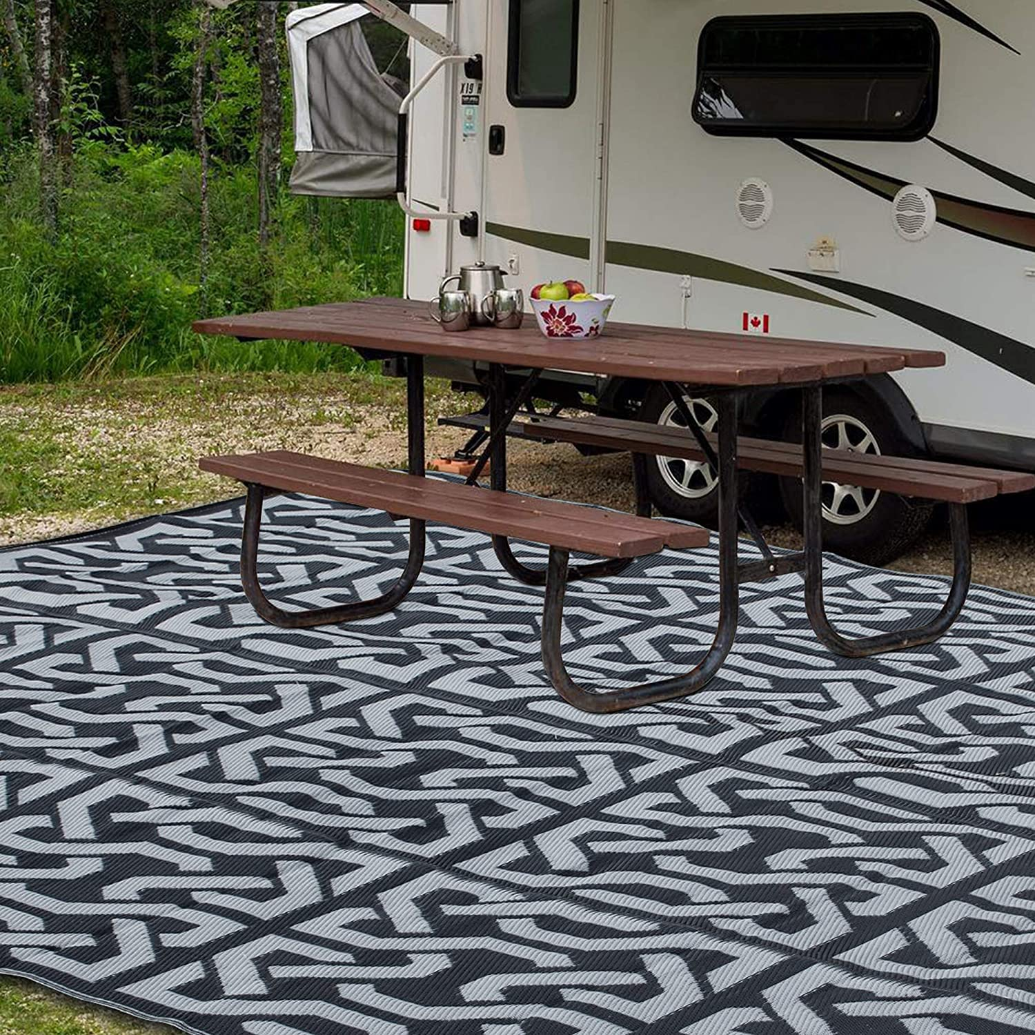 SAND MINE Reversible Mats, Plastic Straw Rug, Fade Resistant Area Rug, Large Floor Mat and Rug for Outdoors, RV, Patio, Backyard, Deck, Picnic, Beach, Trailer, Camping (9' x 12', Black & Grey)
