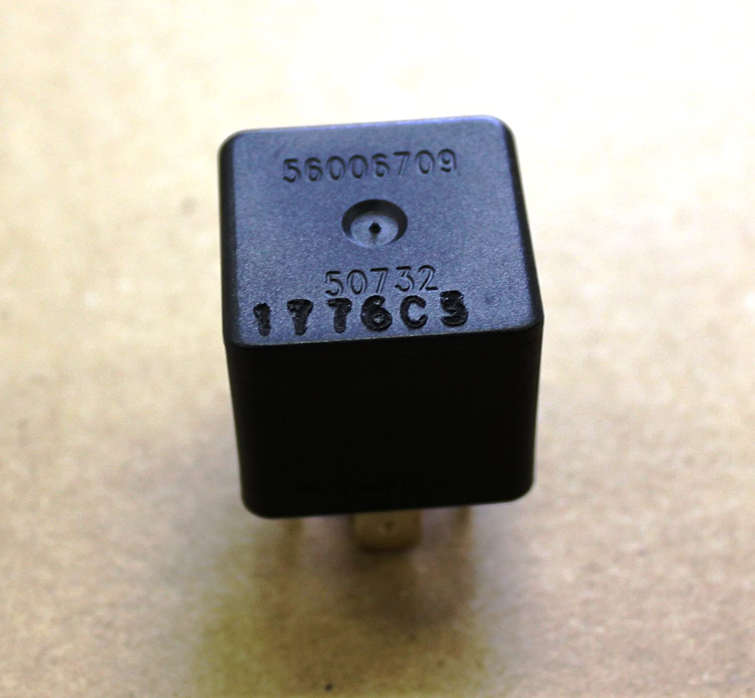 Used Dodge Chrysler Spdt 12 Volt Relay 56006709 As Shown With Remote Automotive