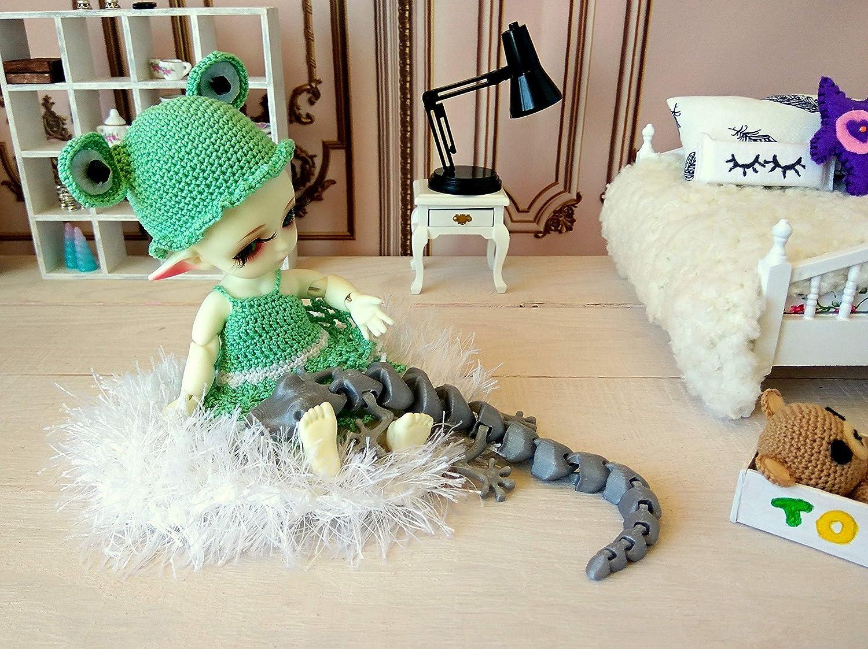Articulated flexy doll nursery room decoration, Lizard miniature dollhouse 3D printed toy