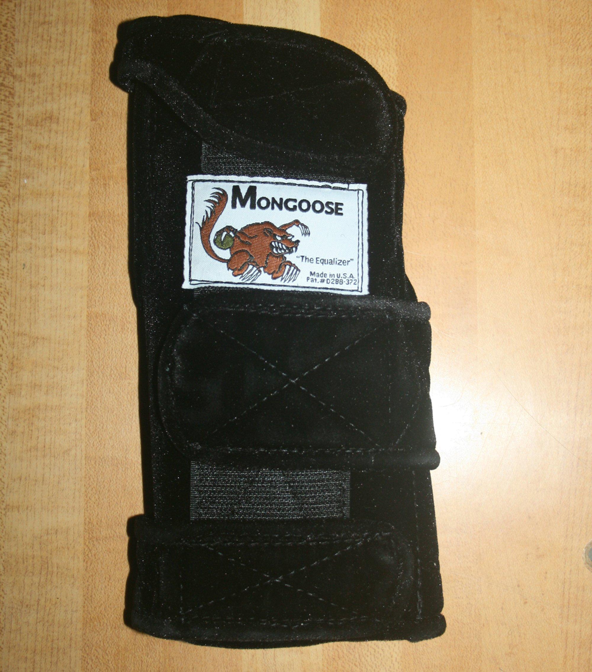 Mongoose ''Equalizer Bowling Wrist Support Right Hand, Medium, Black