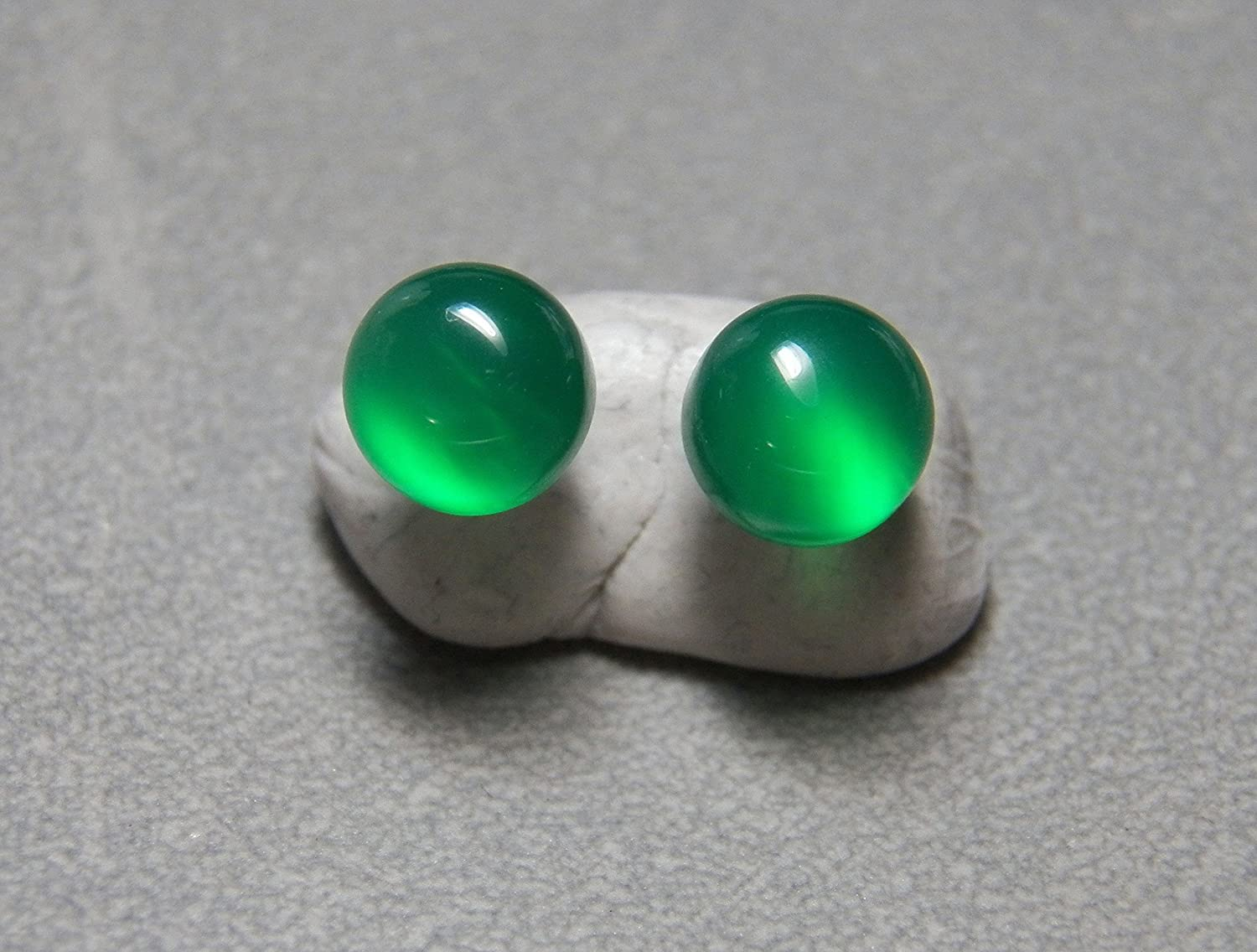8mm Green Onyx and sterling silver post earrings