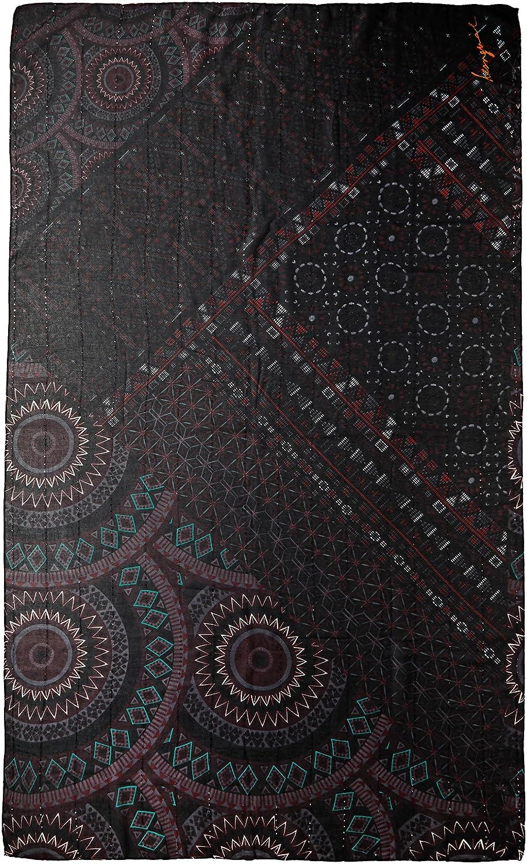 84a559426b3c0 Desigual Foulard Rectangle Noa, Bufanda para Mujer, (Negro 2000), única  (Talla del Fabricante  U)  Amazon.es  Ropa y accesorios