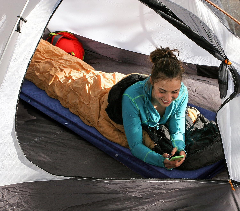 KAMUI sleeping pad in tent