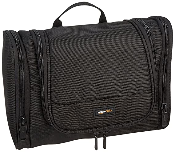 AmazonBasics Hanging Toiletry Kit 22e549c4614d4