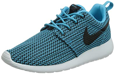 b518d29a33c4 Nike Women s Rosherun Clearwater Black White Running Shoe 7 Women US