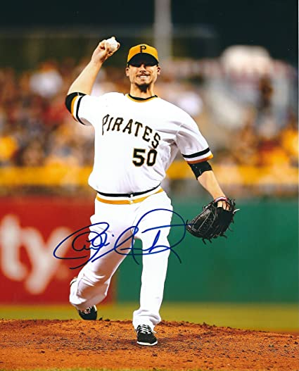 autographed charlie morton 8x10 pittsburgh pirates photo at amazon s sports collectibles store amazon com