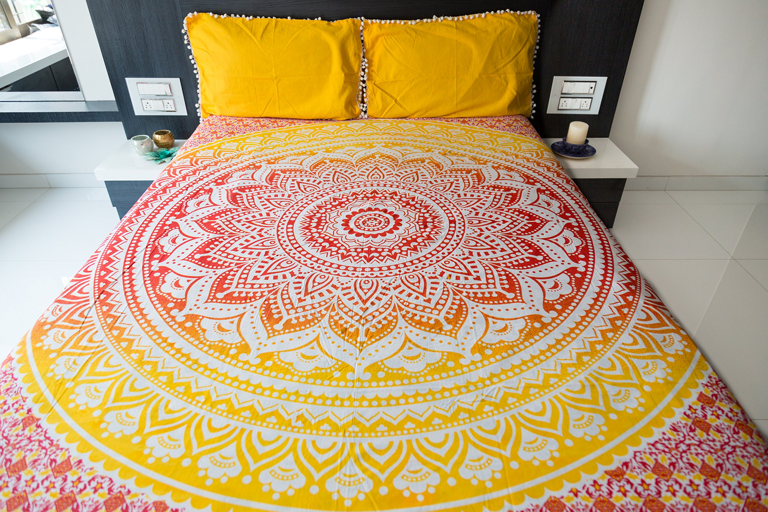 Ombre Mandala Bedspread with Pillow Covers, Indian Bohemian Tapestry Wall Hanging, Picnic Blanket or Hippie Beach Throw, Hippy Mandala Bedding for Bedroom Decor, Queen Size Sunset Hue Boho Tapestry
