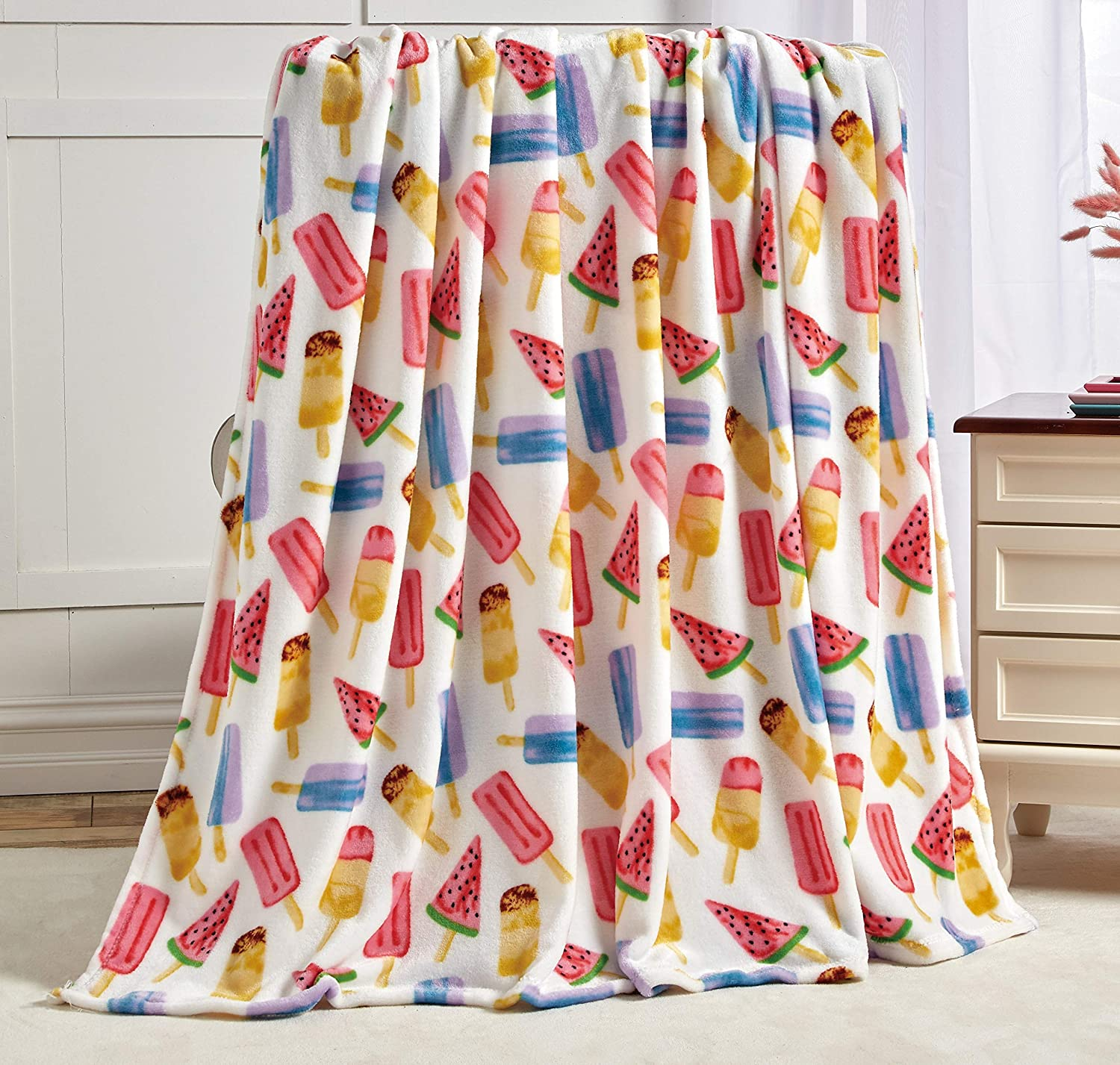 Summertime Fun by Decor&More Extra Soft Throw Blanket (50