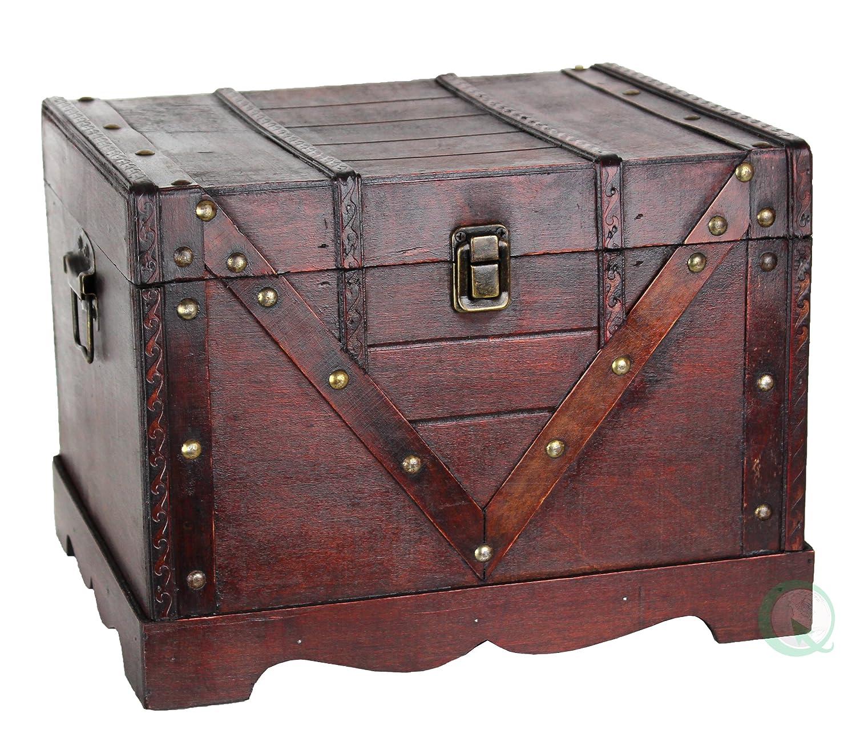 amazoncom wooden treasure box old style treasure chest kitchen u0026 dining