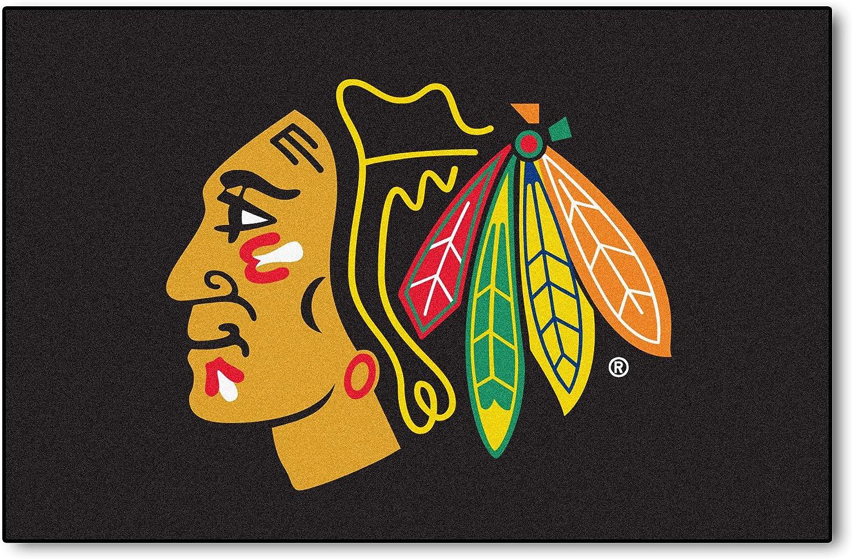 FANMATS 10278 NHL Chicago Blackhawks Nylon Face Starter Rug 19