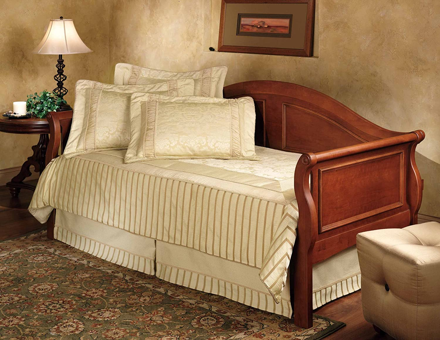 Amazon.com: Hillsdale Furniture Bedford Sleigh Daybed with Trundle