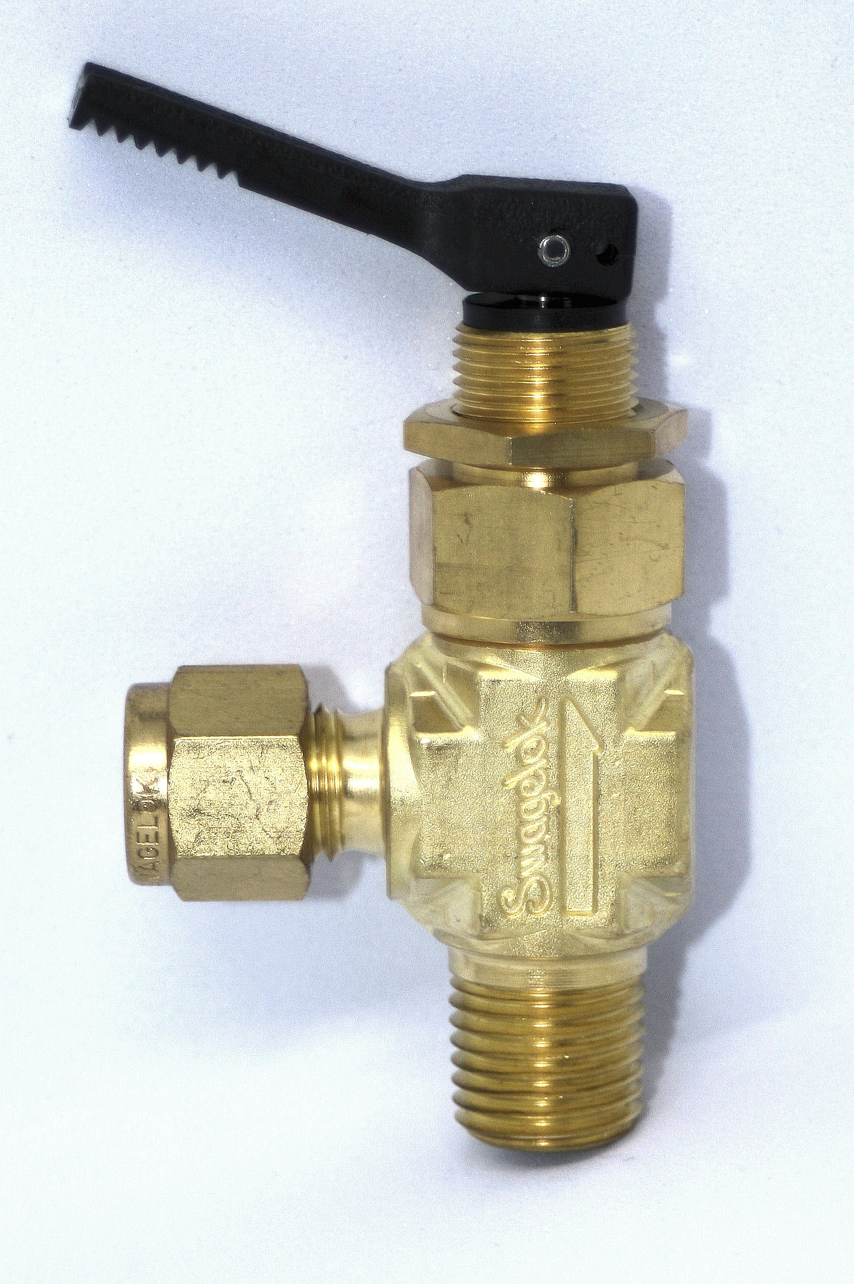 1/4'' Tube x 1/4'' MNPT Brass Angle Toggle Shutoff Needle Valve Swagelok B-1GM4-S4-A by Swagelok B-1GM4-S4-A