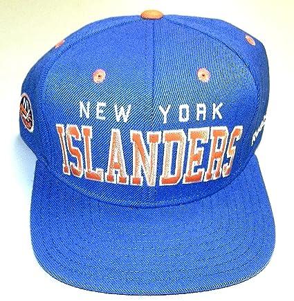 Amazon.com   NEW York Islanders Snapback Reebok Hat - Osfa - NF93Z ... 869f5e319f8