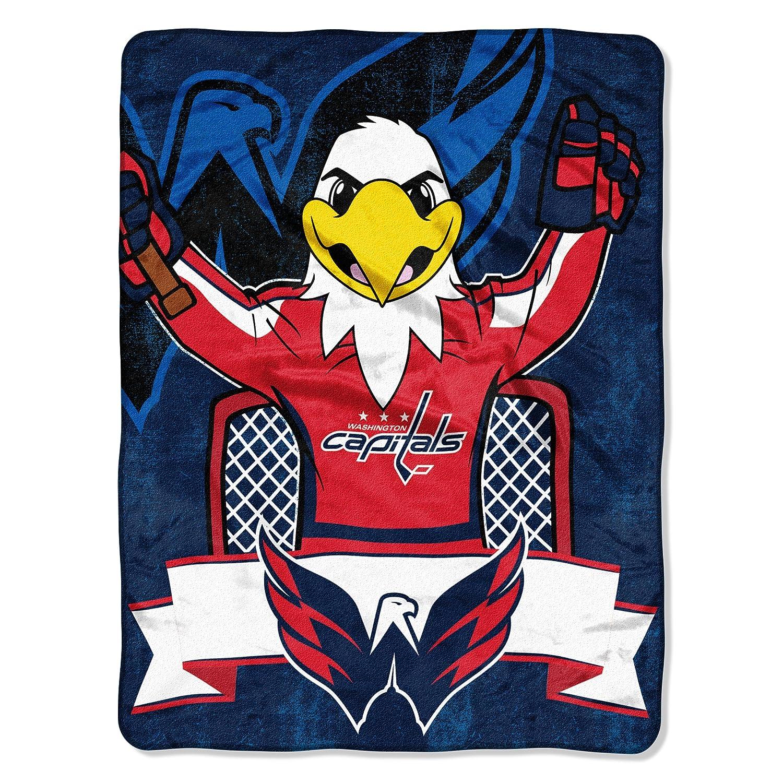 Amazon.com   Northwest Officially Licensed NHL Washington Capitals Mascot  Micro Raschel Throw Blanket f326ad93c