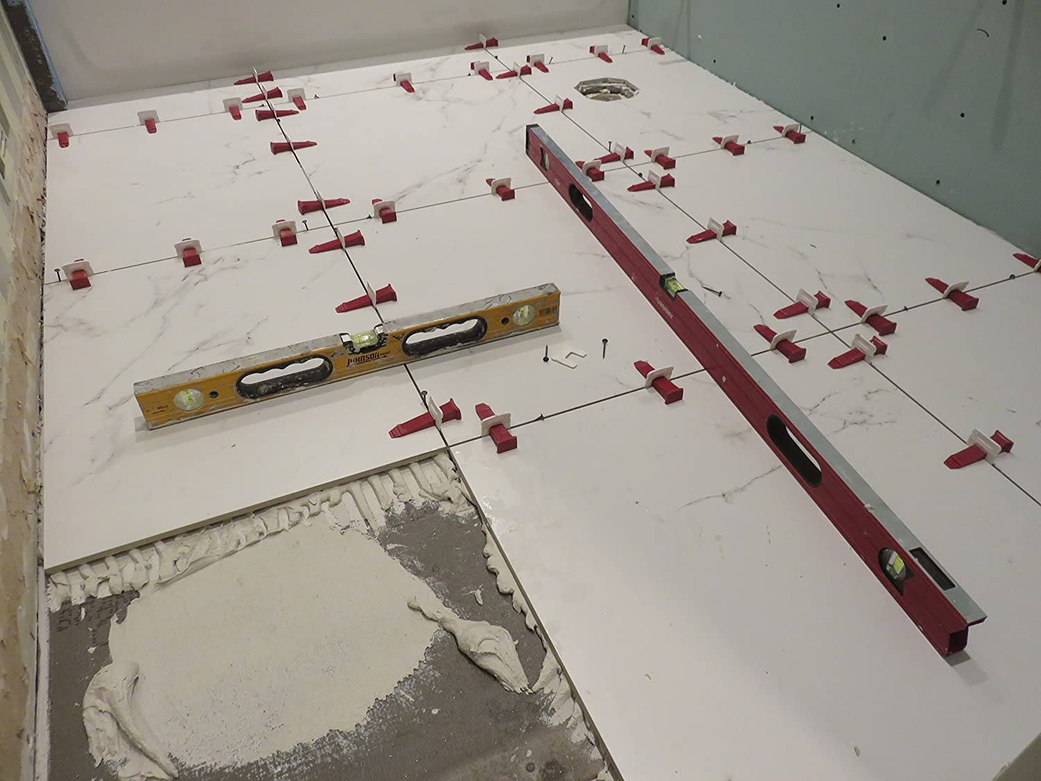 3mm 1500 Clips  PERFECT LEVEL MASTER /™ Professional  Anti lippage  Tile leveling system - spacers only T-Lock /™ 1//8 Red wedges not included and sold separately