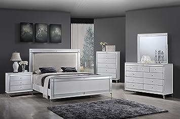 Amazon.com: Best Quality Furniture B9698EK Metallic White ...