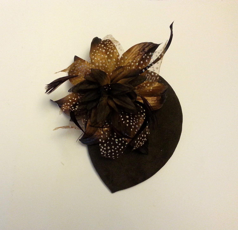 cappello teardrop con piume Cappello fascinator vintage anni 40 e 50 Pelle scamosciata marrone caff/è o beige carne