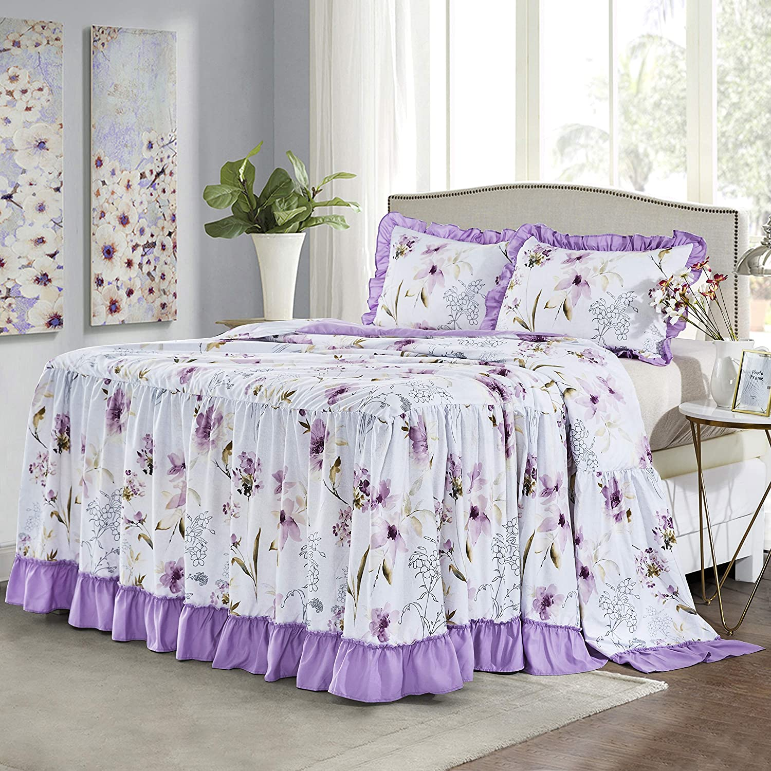 Luxurious Quilted Top Full Quilted Pink Roses /& Butterflies Ruffled Bedspread Twin King Sizes 3 Tiers of Coordinating Ruffles Machine Washable White Queen Polyester