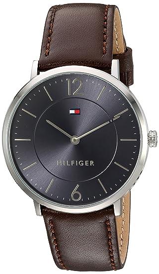 08b43388ec1c Tommy Hilfiger  Sophisticated Sport  Reloj de cuarzo de acero inoxidable y  piel para hombre