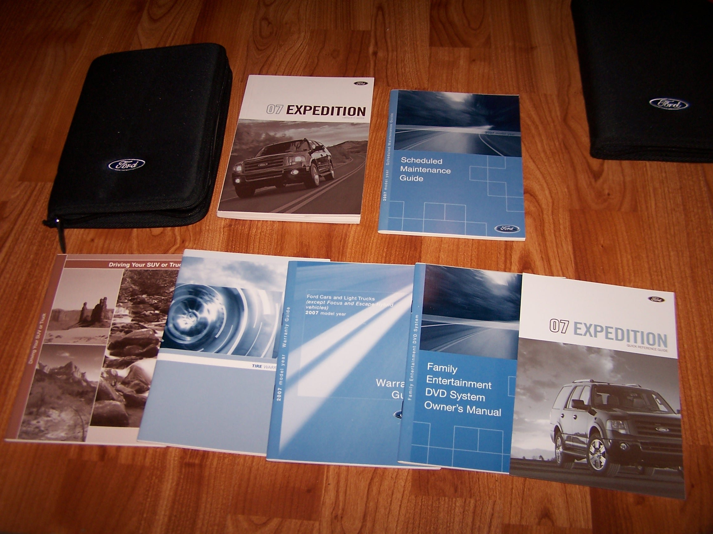 2007 ford expedition owners manual ford motor company amazon com rh amazon com Ford F-250 Entertainment System Ford Mustang Entertainment System