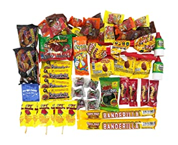 Caja de Dulces Mexicanos Surtidos. Mexican Candy Box Assortment Snacks.