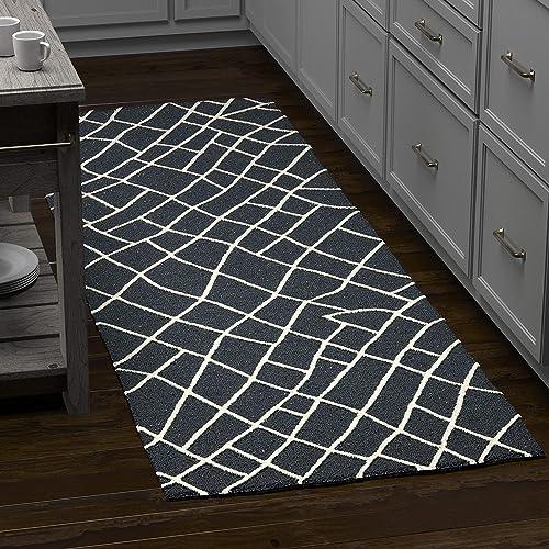 Rivet Wool Runner Rug, 2 6 x 8 , Black, White