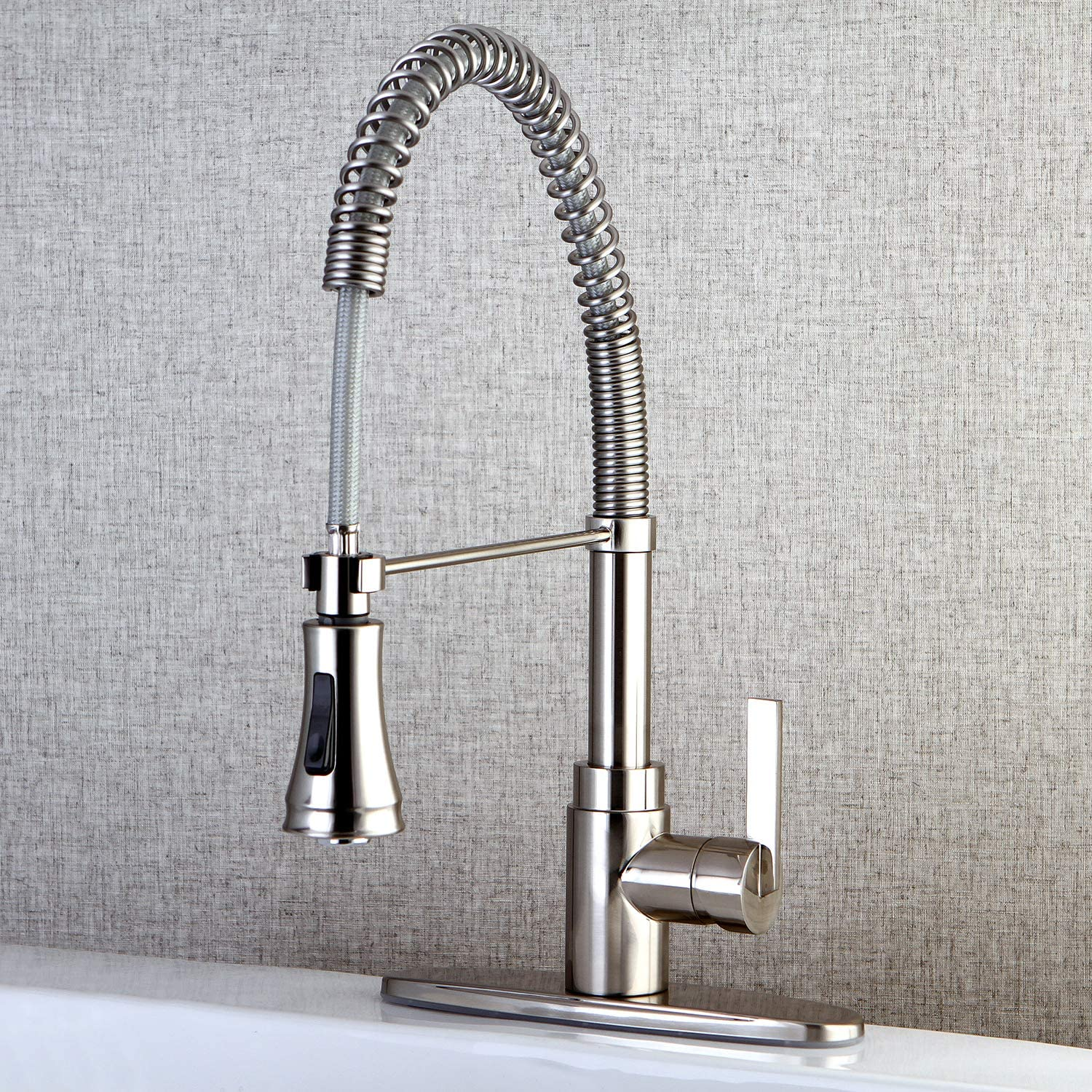 Kingston Brass GSC881NCLSP Gourmetier Century 8-Inch Centerset Single Handle Kitchen Faucet with Pull-Out Sprayer Polished Chrome