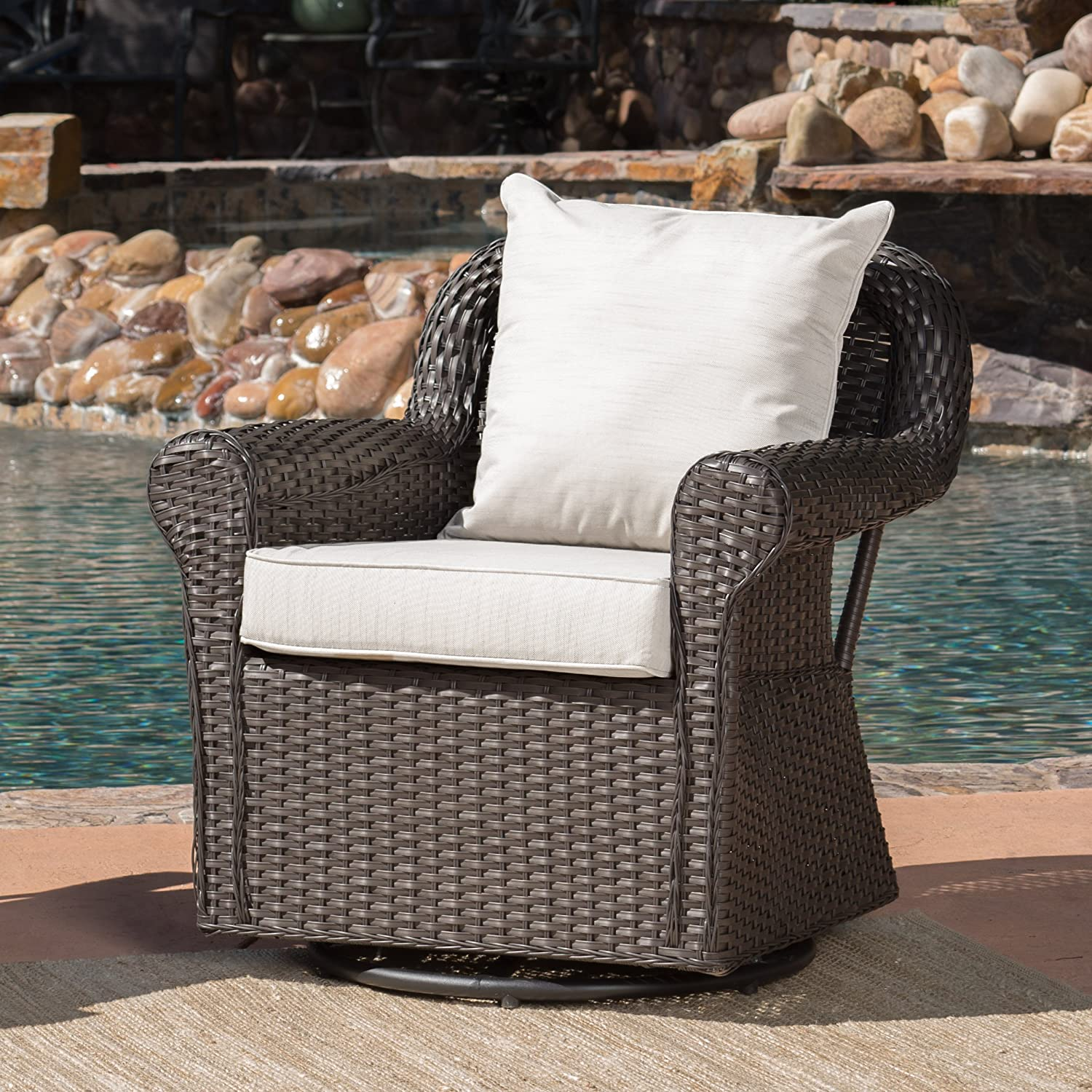 Amazon com christopher knight home augusta patio furniture outdoor wicker swivel rocker glider chair single garden outdoor