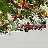Hallmark Keepsake 2017 Fire Brigade 1979 Ford F-700